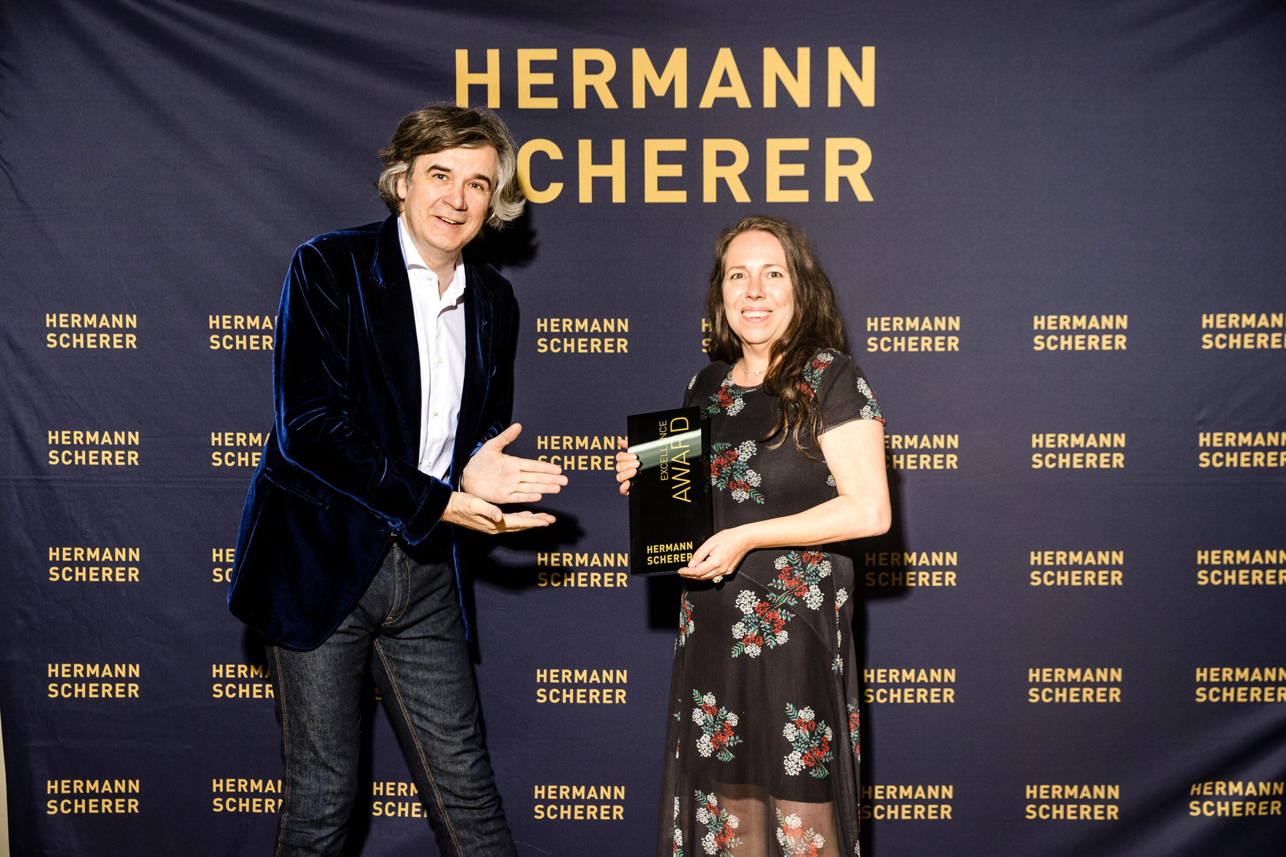 Peggy Reuter-Heinrich bei der Verleihung des Excellence Awards